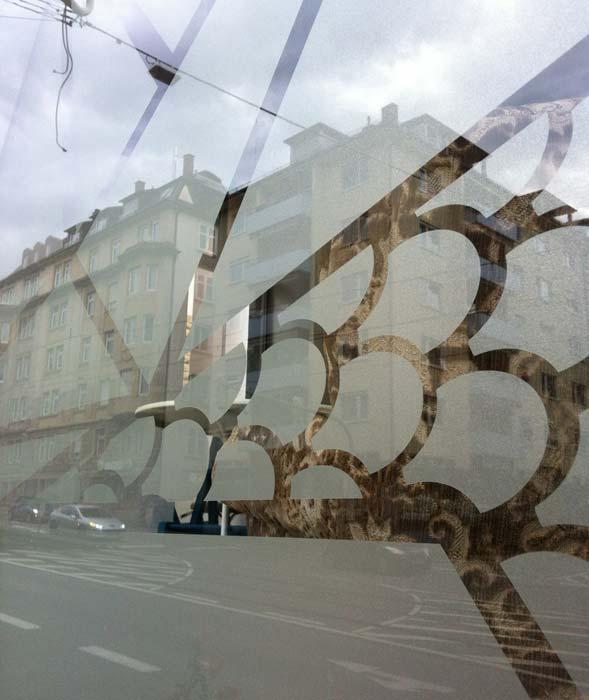 Schaufenster Folie, Deko, Milchglasfolie, Ätzglasimitat, Sichtschutz,