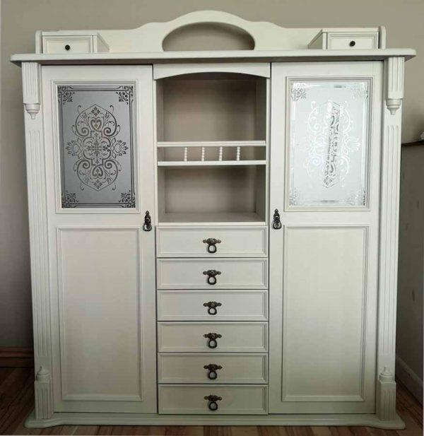 """Glasdekor Motiv """"Ninfea"""" Küchenschrank, modifiziert auf ein kleineres Rechteck."""